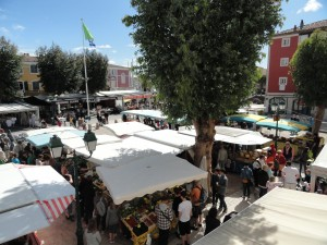 Marché de Port Grimaud